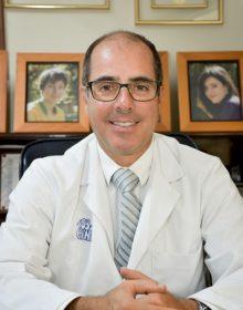 Dr. Fernando Bauer