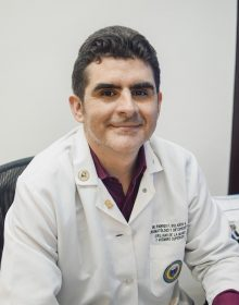 Dr. Rodrigo Bolaños